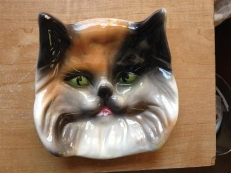 cat-face-tea-caddie