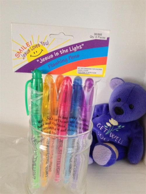 jesus-is-the-light-pens