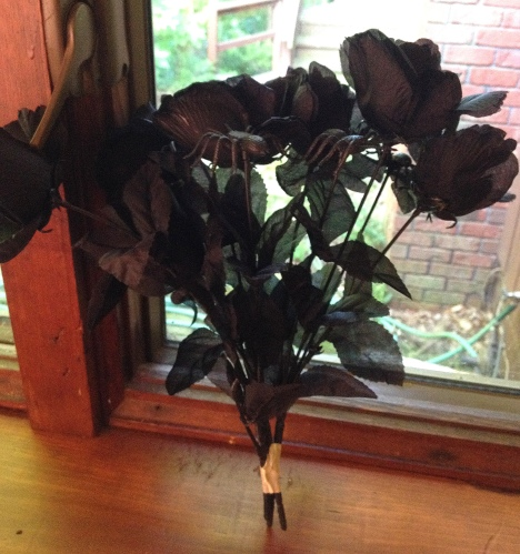 black-roses-and-spiders