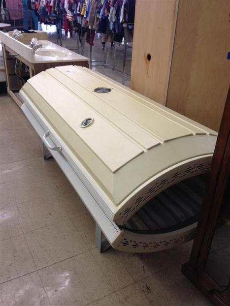 goodwill-tanning-booth