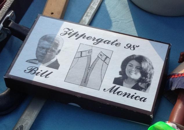 zippergate-98-pocket-knife-box