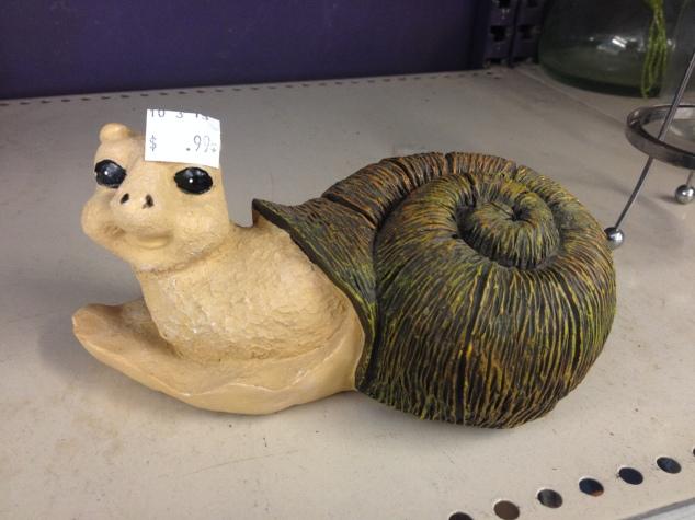 alien-snail-figurine